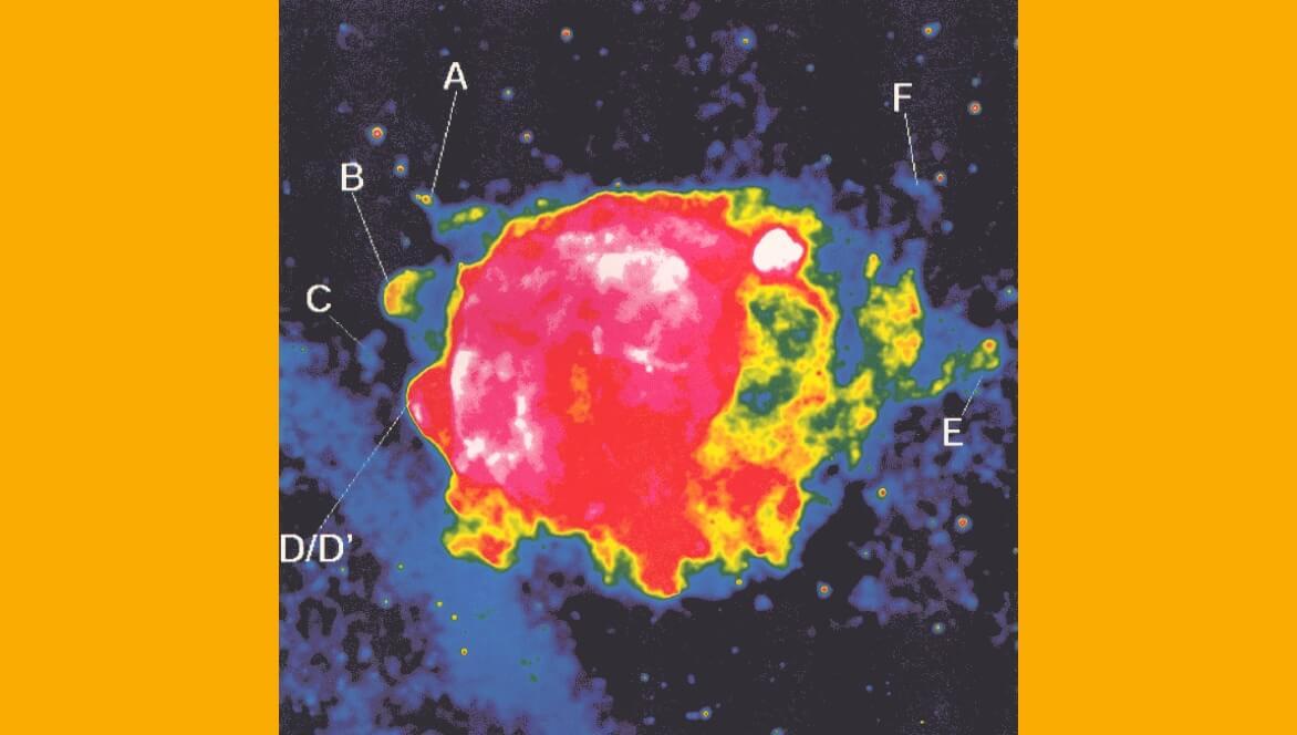 ROSAT Bilder der Überreste einer Supernova.